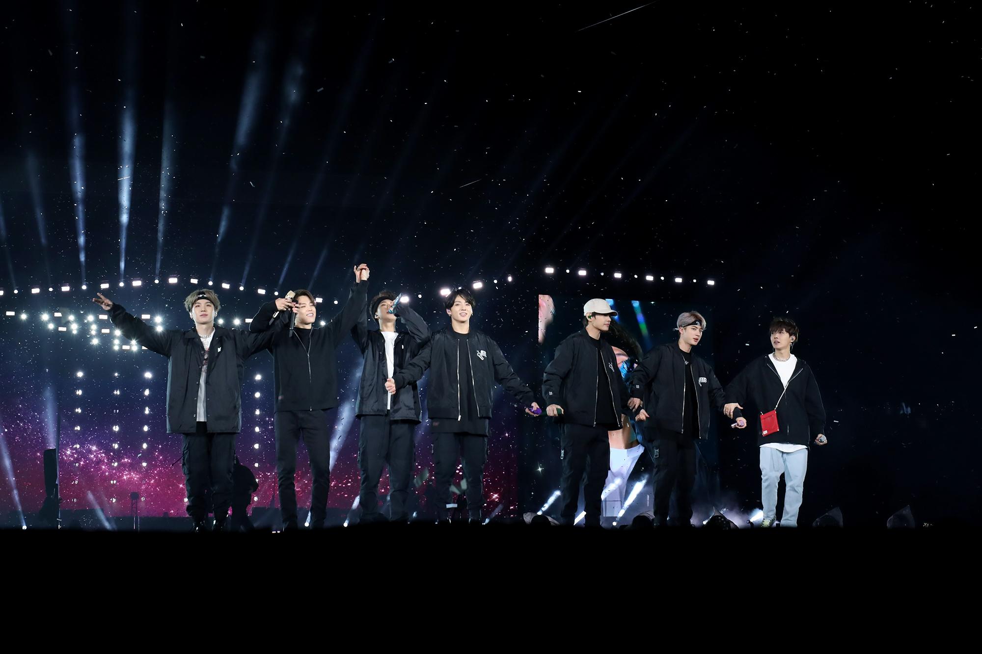 Les 7 et 8 juin 2019, BTS s'est produit au Stade de France devant plus de 70.000 personnes.